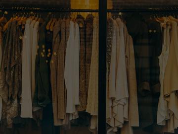 Складова програма за магазин за дрехи